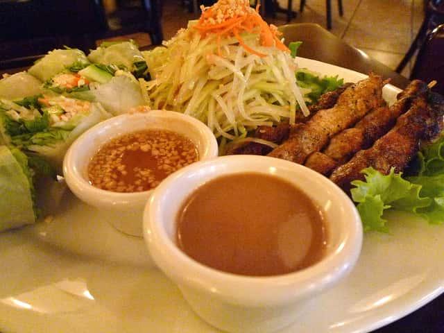 ワイキキにある2014 Hale Aina Award受賞のレストラン