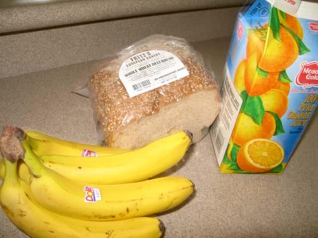 ワイキキ近くのスーパーで生鮮食品やばらまき土産をお得に買う方法