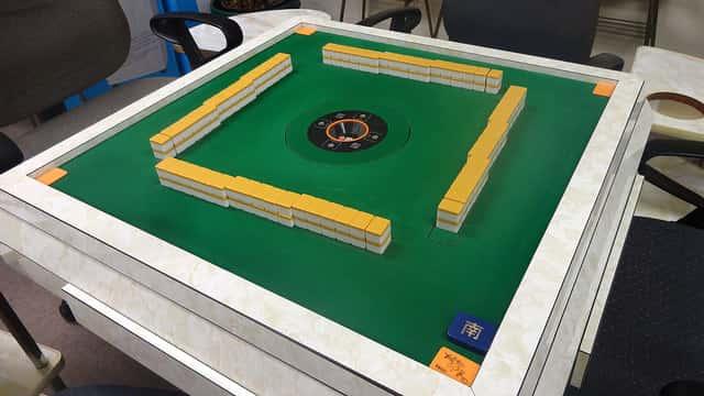 ハワイで自動卓で麻雀ができる雀荘
