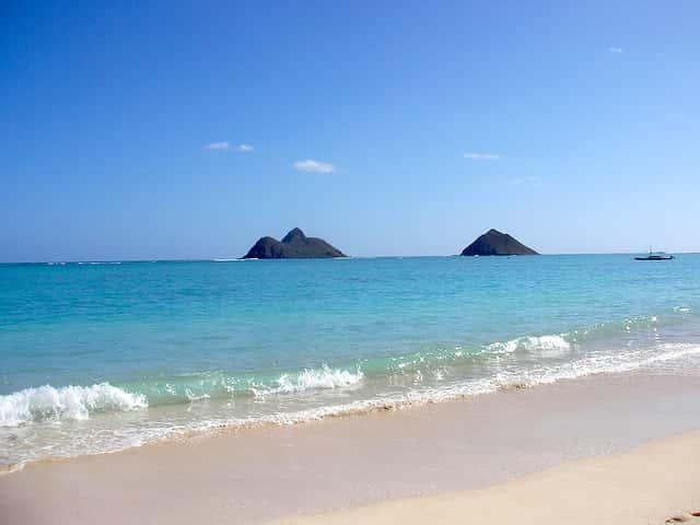 大人気のオアフ島のラニカイ・ビーチ、混雑を避ける方法