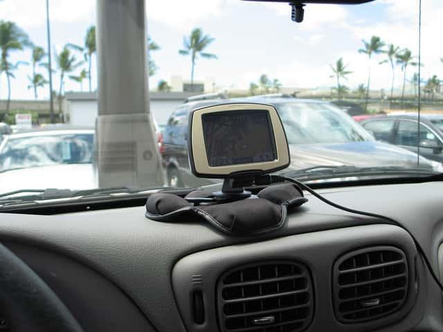 ハワイでのレンタカーの手配は日本で事前にするべき理由