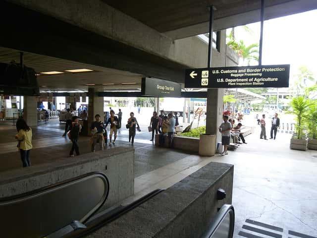 ハワイの滞在期間を半日以上も長くできる航空券の選び方