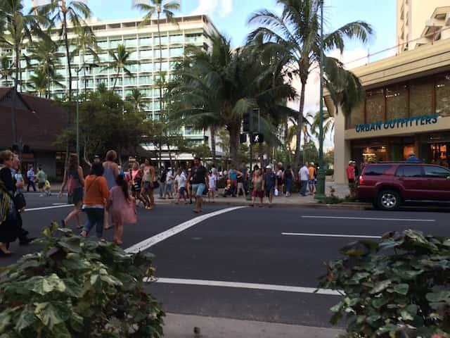これで大丈夫!冬場のハワイ旅行の服装の選び方