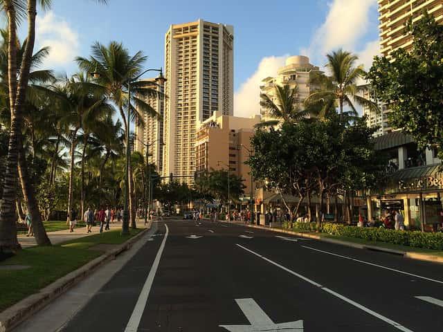 ハワイ旅行中に簡単に楽しめるオススメのスポーツ