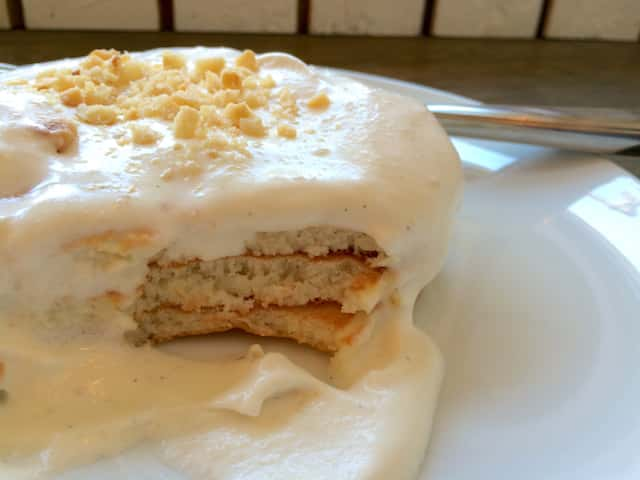 東京で並ばずにマカダミアナッツソースのパンケーキが食べられる穴場の店