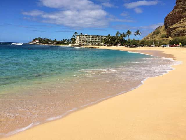 ハワイ好きの女性の方へ!「はじめてのハワイ旅行」にハワイ在住の女性ライター参加のご連絡