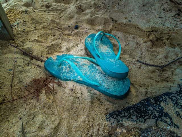ハワイ旅行にビーサンだけでなく普通のサンダルも用意すべき理由