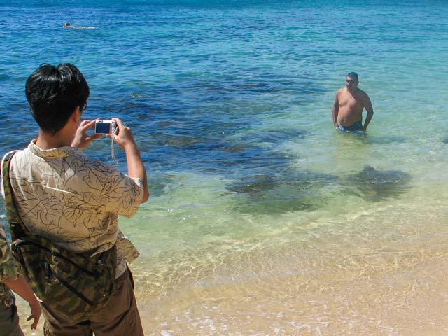 ハワイ旅行中の大切な写真を守るために気をつけること