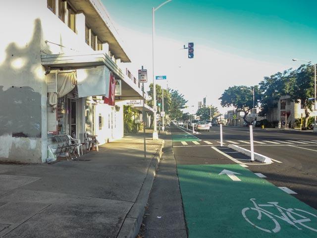 ハワイでのドライブ前に知るべき道路の閉鎖情報の調べ方