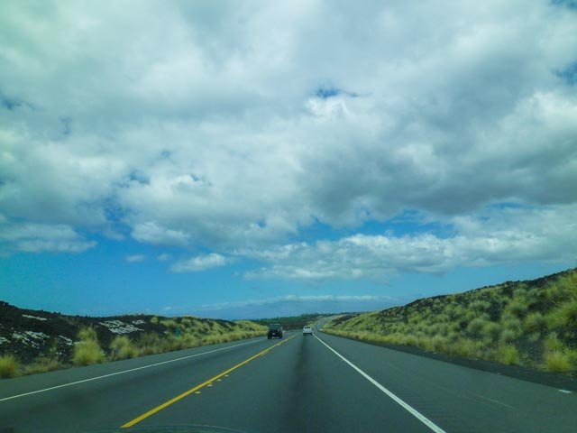ハワイ島のコナ空港からレンタカーを利用する人に伝えたい注意点