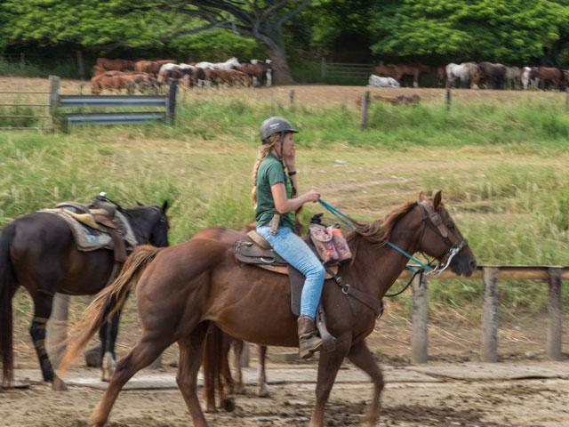 クアロア牧場で乗馬をするときの服装の準備の仕方