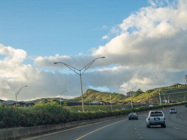 ハワイ旅行に双眼鏡があると旅行がより楽しくなる理由