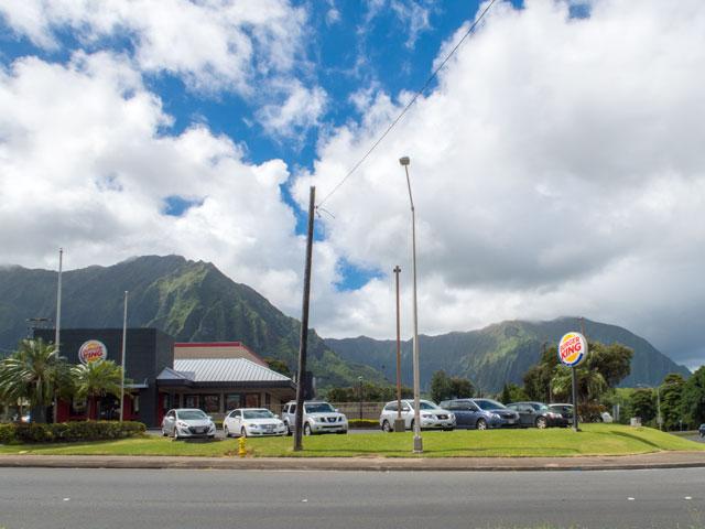 ハワイのレンタカーで「満タン返し不要」が役立つケース
