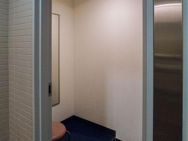 成田空港第一ターミナルで更衣室のある場所