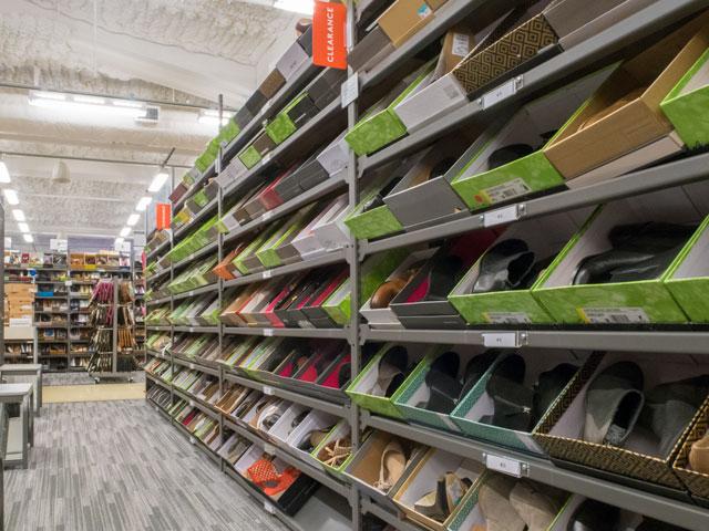 ワイキキのNordstrom Rackで子供向けの靴を買うときの注意点