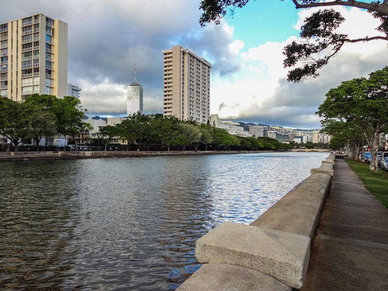 アラワイ運河の風景
