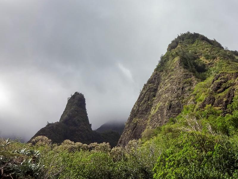 マウイ島のイアオ渓谷のニードル