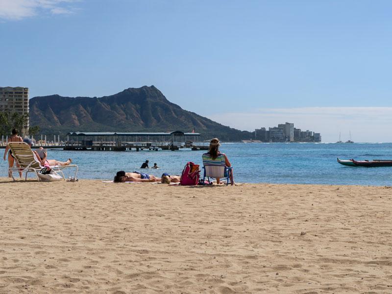 ハワイ旅行初日に4歳児に起こった時差ボケの例