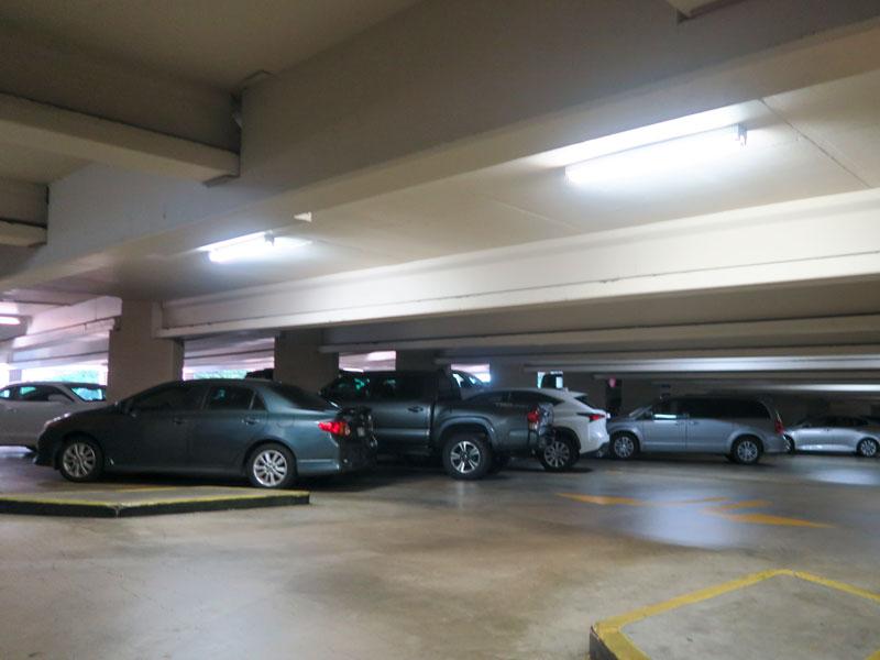 ヒルトン・ハワイアン・ビレッジの駐車料金「1泊」の計算の仕方