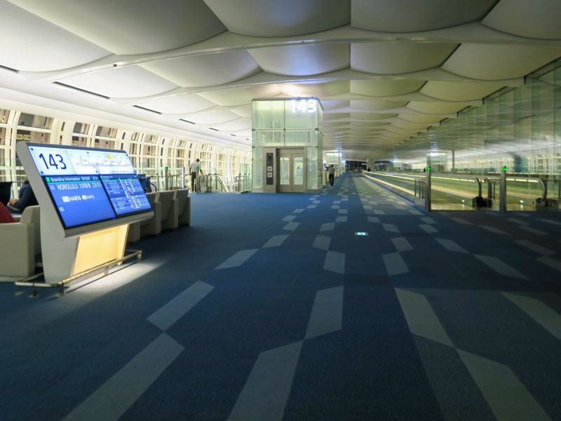 羽田発のハワイ旅行、空港のベビーカーでどこまで行けたか?