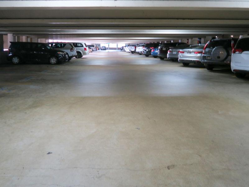 イリカイホテルから車で1分のハワイアン・ビレッジ駐車場までの道順を間違った話