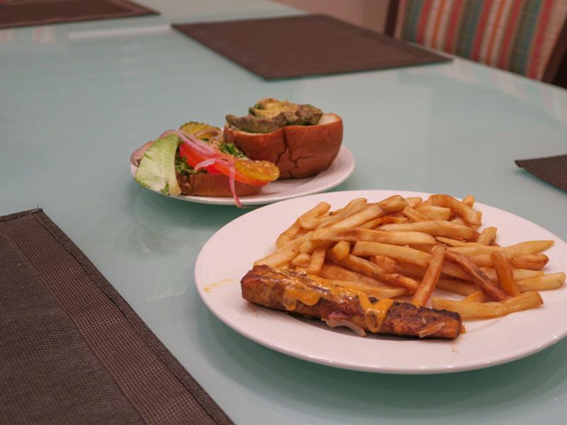 小さい子連れでのハワイ島旅行初日にした夕食と翌朝食の例