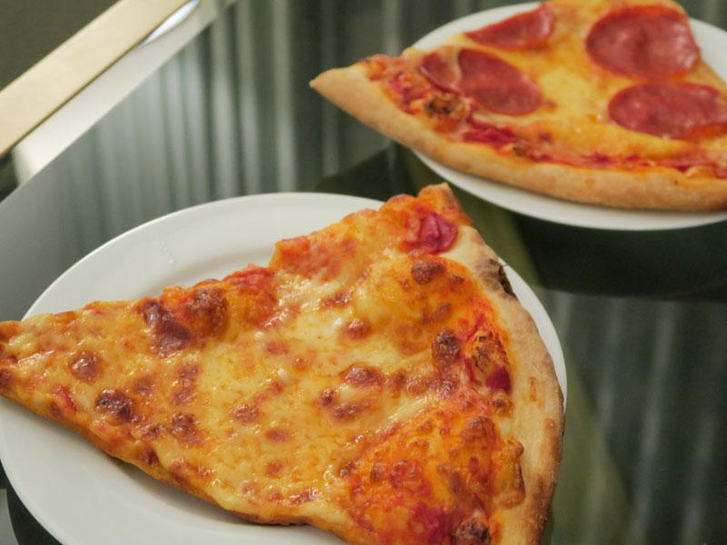ワイキキのリッツ滞在でWhole Foodsのピザの温め直しを失敗した話