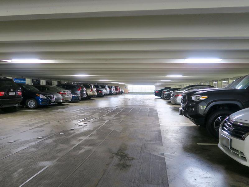 カハラホテルの駐車場、セルフ利用時のアクセスの仕方