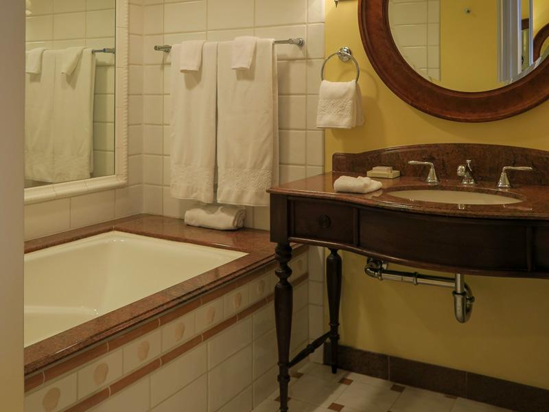 4歳児、0歳児とカハラホテル、オーシャンビュールームの風呂を利用した感想