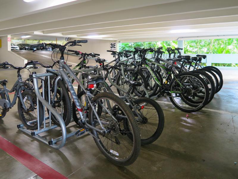 カハラホテルの無料レンタル自転車の様子