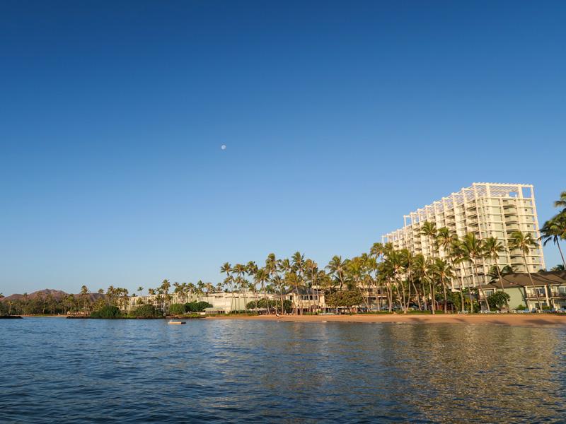 グランド・ワイキキアン、ワイキキのリッツと比較したカハラホテルの宿泊体験の違い