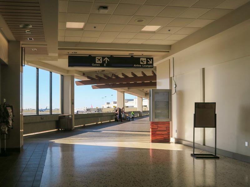 帰国日のホノルル空港には「出発時刻の3時間前に来た方が良い」と実感した話