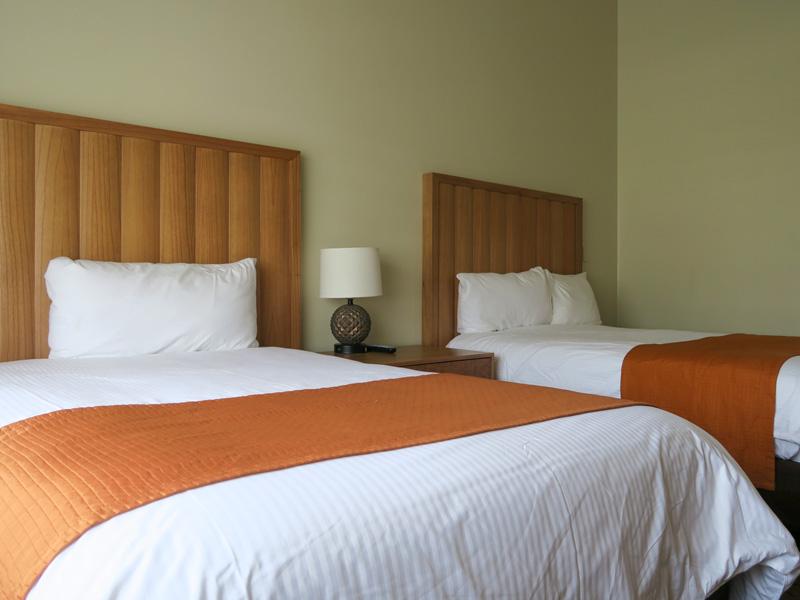 小さい子供2人連れでハワイ旅行、1ベッドルームと2ベッドルームに宿泊した体験の比較