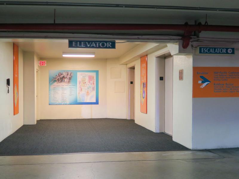 ワイキキアン泊でヒルトン・ハワイアン・ビレッジの駐車場を利用するメリット