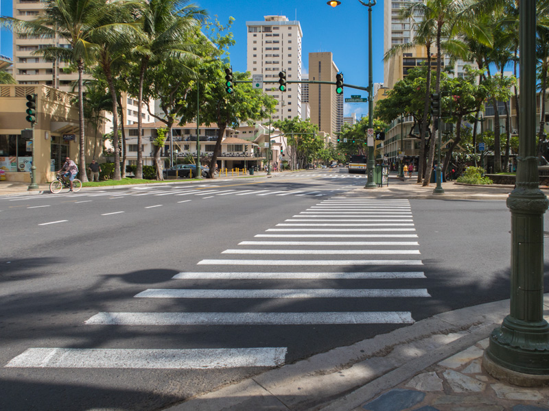 ハワイにiPhoneを持ち込み現地SIMを使いたい人が事前に確認しておくこと